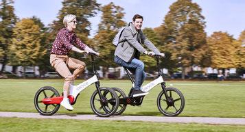 Auf Grund ihrere geringen Größe können Sie Falt- und Kompakt e-Bikes besonders platzsparend im Auto transportieren
