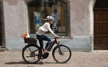 Trekking e-Bike Liv Amiti-E+