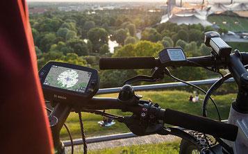 Mit dem Bosch Nyon können Sie Ihre persönlichen Fitnessdaten tracken