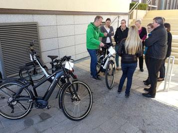 e-motion e-Bike Welt München West zu Besuch bei der Volksbank Dachau