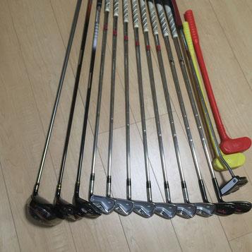 掃除後のゴルフクラブ一式