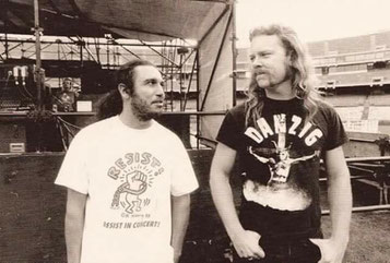 James Hetfield (mit Tom Araya)