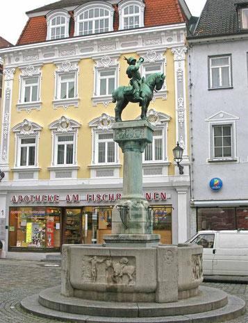 © Traudi - Postmichelbrunnen in Esslingen