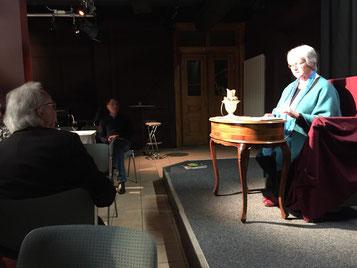 Inge Witt schreibt erbauende Gedichte zu schweren Themen