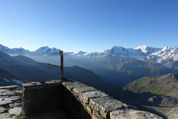 Zinalrothorn, Rothornhütte