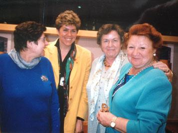 Bild: Foto:EP Plenarsaal Brüssel, Lissy Gröner, Barbara Schmidbauer, Barbara Simons, Mareijke van Hemeldonck