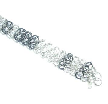 Gliederkette aus Silberösen von Bianca Kazor