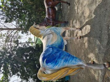 ماکت حیوانات مجسمه اسب گاو شتر یوز پلنگ پرنده ها المانهای شهری تندیس اسب سوارکاری