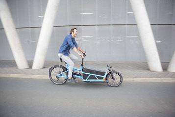 Die vielfältigen Einsatzmöglichkeiten von Lasten e-Bikes können Sie in Hombrechtikon näher in Augenschein nehmen.