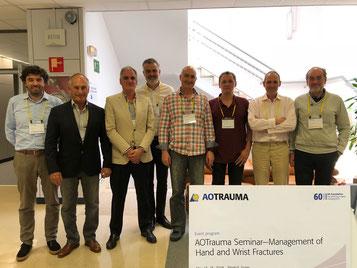 El Dr. Ferreira con el resto de los profesores del seminario.