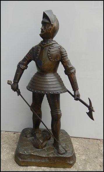 bronze chevalier en armure