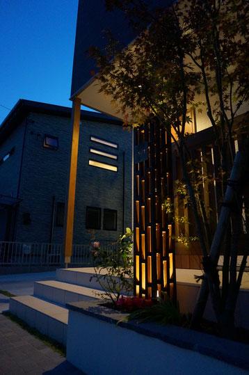 春日井市 O様邸 ライトアップの美しいナチュラル和モダン外構の施工例