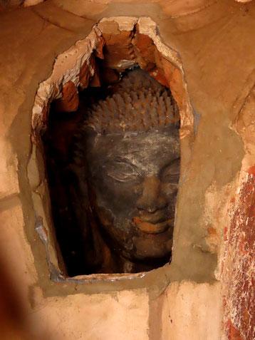 Buddha im Buddha