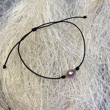 Perle 18k GelbgoldNylonba nd Preis 29,00€