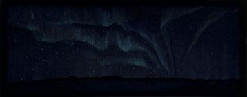 Bild: The secret of the northern lights,Ölbild,Nordlicht,Doppelbild,optische Täuschung,Lappland,Schweden,Häuser,Wald,Landschaft,Aurora,Frau,Akt,liegend,David Brandenberger,d-t-b.ch,