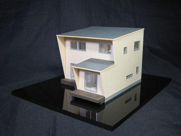 1/100色付簡易分解型模型