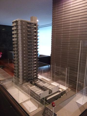 マンション模型を下層階に移設した時の画像