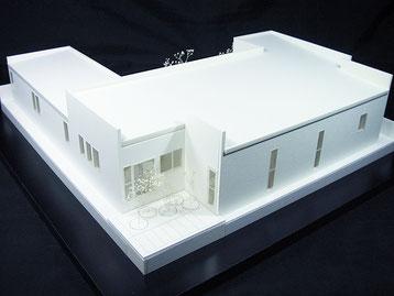 平屋の住宅模型
