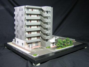 1/100店舗+アパート模型