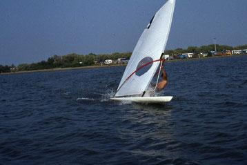 1982 - Première navigation à 15 noeuds