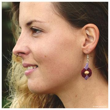 kp kitsch-paradise artisans créateurs boucle d'oreille macramé création tissage micromacramé couleur nature art campagne noyaux cerise bretagne fruit