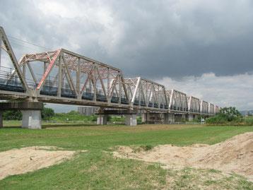 城東貨物線の赤川鉄橋(以前は歩いて渡ることが出来た)