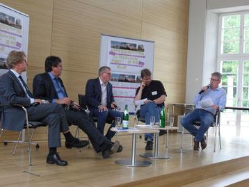 vlnr: Wolfgang Kallies,  Wolfgang Heinicke, Hartmut Schneider (Moderation), Michael Orgas und Andreas Klenke