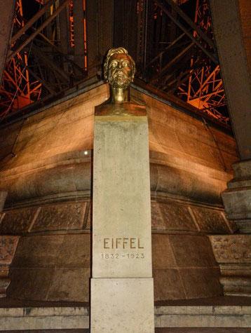 Die Büste von Gustave Eiffel, dem Erbauer des Turms