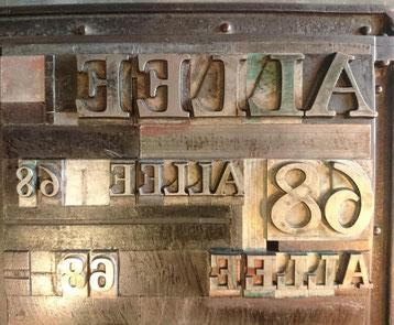 """Schriftsatz """"ALLEE 68"""" für die Druckerpresse"""