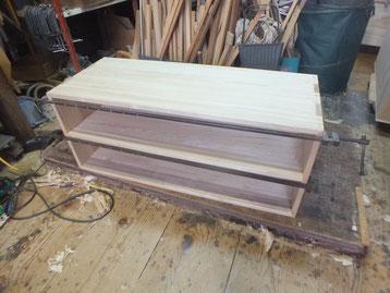 三つ重ねの下台を組み立てました。明日中段と上段を組み立てる予定です。