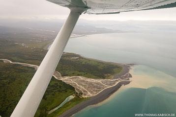Flug über dem Katmai Nationalpark in Alaska