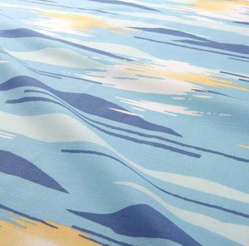 浴衣 水面、寒の月(みなも、かんのつき)透き通った浜名湖の水面に黄金に輝く月をイメージして描きました。