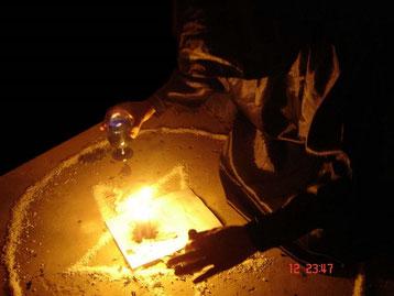 poderosa brujerìa y hechicerìa especializada para el sometimiento y doblegaciòn de las voluntades, brujerìa especializada para el pedimento y obtenciòn de necesidades fuertes e importantes, se trabaja con la santa muerte y el ànima sola.