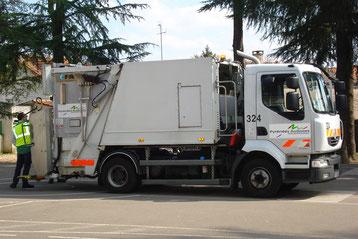 camion poubelle pyrenees audoises