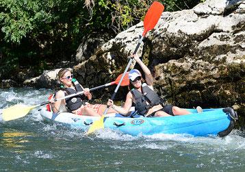 Descente en canoë sportive, dans les gorges de l'Ardèche