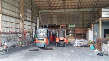 倉庫・整備場