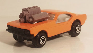 En años posteriores la versión se fue modificando (véase la de la serie Club, de 1981).