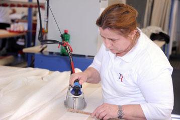 Vorhangproduktion / Vorhangfachgeschäft / Vorhänge by Ruoss / Schaunäherei