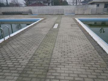 二之宮小学校 プールサイド 施工前