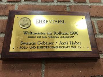 Ehrentafel Weltmeister Rolltanz 1996, REG Kiel e.V. - Swantje Gebauer und Axel Haber