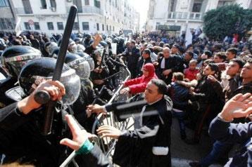 Venstrefløjen på gaden i Tunis