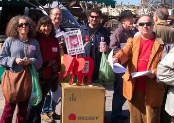 Fralib-arbejdere informerer om deres bz'attelse