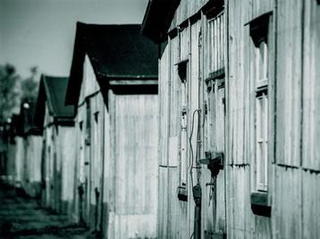 Ansicht der historischen Unterkunftsbaracken. Foto: R. Otten, 1.5.2014