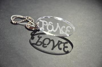 アンビグラムキーホルダーLOVE&PEACE