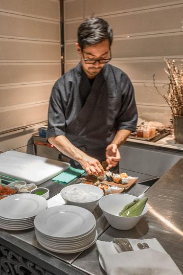 Sushi-Chef im Widder am Werk.
