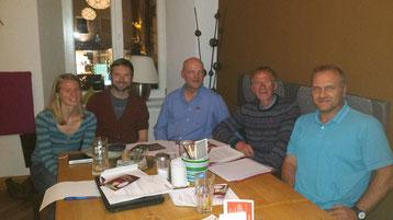 Die Vorstandschaft der Chiemgau-Autoren e.V.: Meike Krebs-Fehrmann, Bernhard Straßer, Arnold Großegesse, Robert Gapp, Michael Inneberger (v.l.)