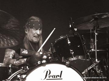 Schlagzeuger Matt Abts ist Warren Haynes' Begleiter seit der Gründung von GOV'T MULE