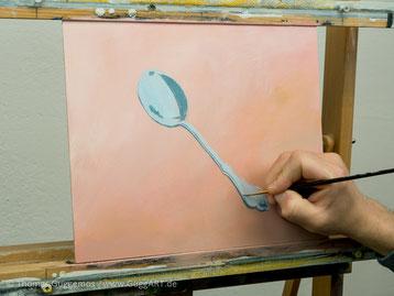 Dunkle Bereiche malen, Löffel malen mit Acryl