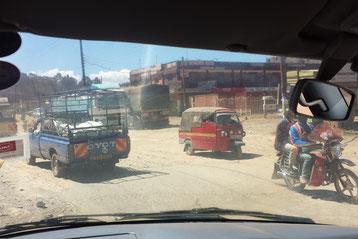 Verkehr ohne Regeln in Kisumu / Kenia