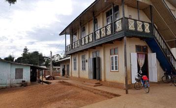 zum Waisenhaus in Pyin u Liwn    .... mehr erfahren